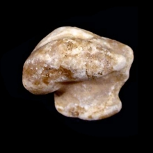 a-fragment-from-an-alabaster-figurine-of-a-bird-(possibly-a-goose)_09531b
