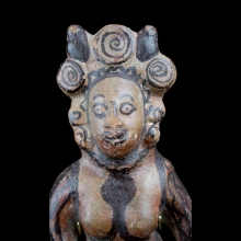 a-mauryan-painted-pottery-figure-of-a-naked-goddess_x8441c