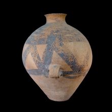 a-northern-chinese-lugged-vessel-with-a-geometric-design-in-reddish-brown-pigments-yangshao_x7807b