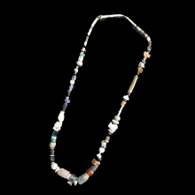 ancient-near-eastern-necklace_e2895b
