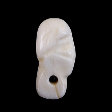 Bactrian fossilised shell bead of a female head