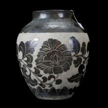 Chinese brown and white glazed pottery vessel in the Sung-Chizou style