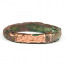 Roman bronze ring the bezel engraved with a galloping horse