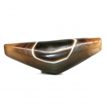 Large Himalayan bow shaped bead