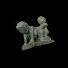 finely-carved-green-stone-couple-in-symplegma_a2453b