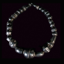 greater-persian-jet-beads-necklace_x7919a