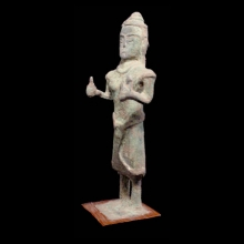 khmer-bronze-statuette-of-a-female-divinity-possibly-uma_x3408b