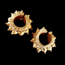 Pair of Khmer solid gold earrings, Cambodia
