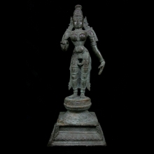 An Indian Vinyanagar bronze statue of the goddess Parvati.