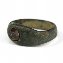 Indo-Greek bronze ring with garnet bezel