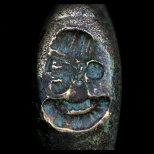 A Sassanian bronze ring depicting a noble or royal bust
