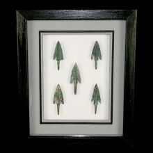 Set of Han dynasty bronze arrow heads.