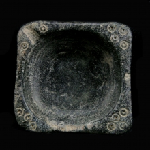 Bactrian black stone oil lamp